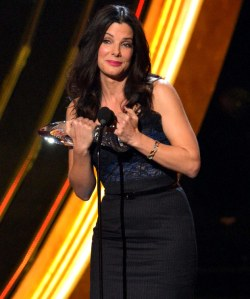 Sandra Bullock accepting the award for Favorite Humanitarian