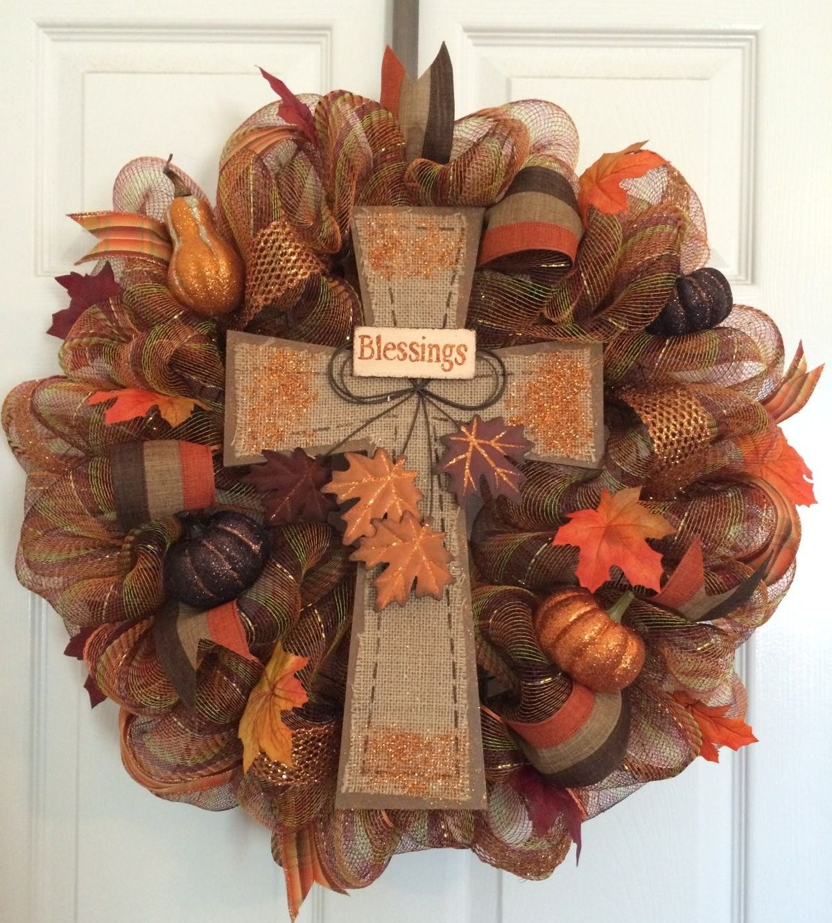 Fall wreath diy project sweet sassy and a bit smart for Fall diy crafts pinterest
